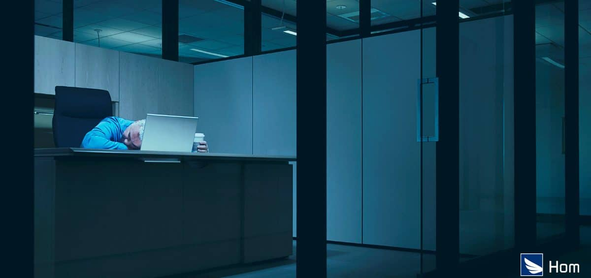 Colaboradores trabalham mais no escritório?